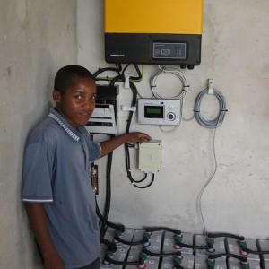Inselsystem 2 kWp für eine Schule in Tansania/Bunju